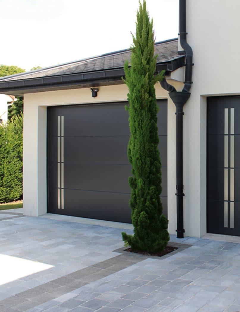 gamme de portes de garage verticale près du mans